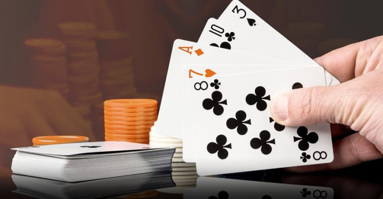 Playing on Online Poker Sites